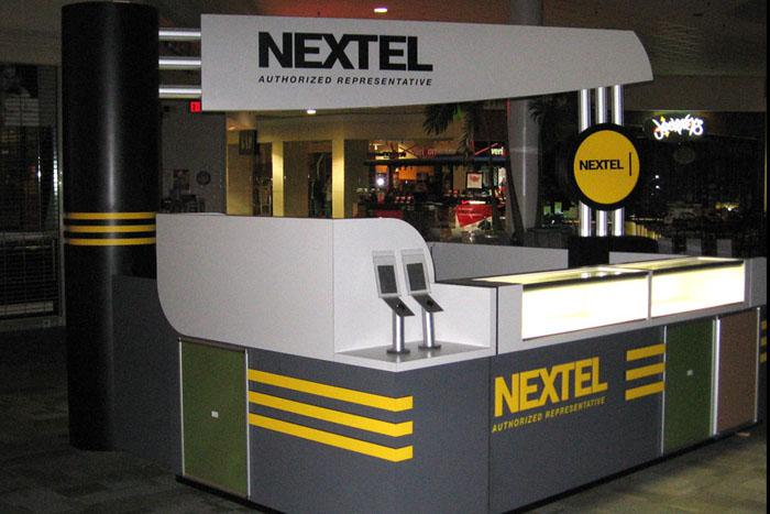 mall-cell-phone-kiosk-0035
