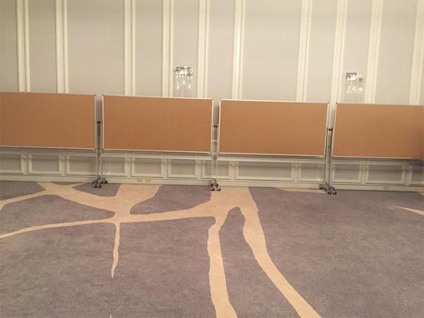 Retnal Corkboard stands